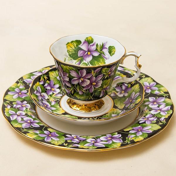 Чайная пара+Тарелка (Тройка) «Фиалка» Фарфор ROYAL ALBERT, Англия -1975 год.