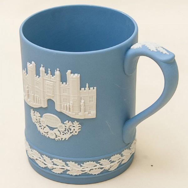 Коллекционная Чайная Кружка «Хэмптон Корт» фарфор ВЕДЖВУД, WEDGWOOD, Англия -1976 год.