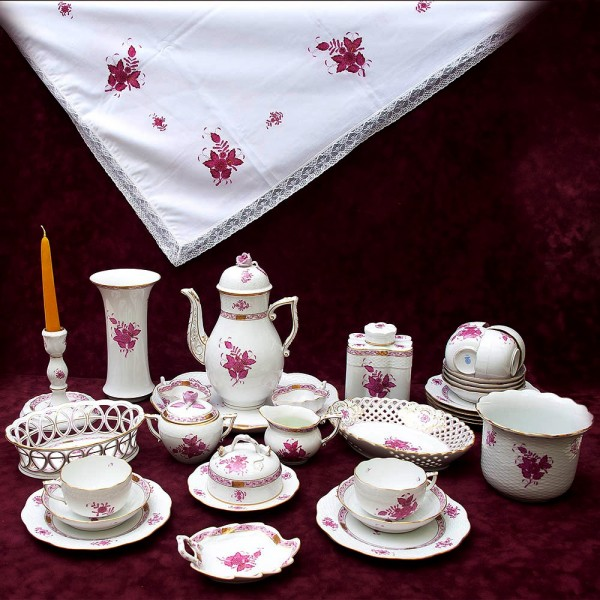 Чайный Сервиз «APPONYI PURPUR» на 6 персон, 32 предмета, Фарфор HEREND, Венгрия.