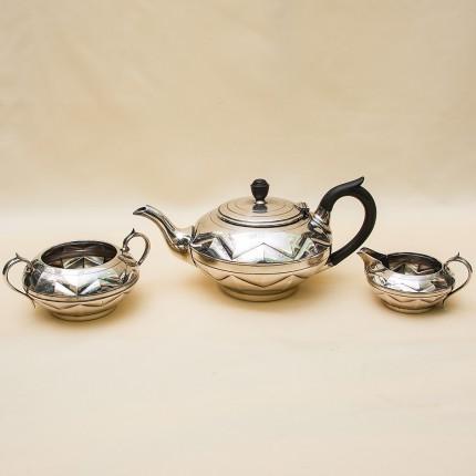 Набор для подачи Чая, АРТ ДЕКО, Silverplate William Hutton&Sons Англия, начало ХХ века.