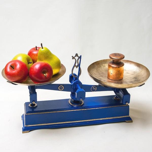 Винтажные Кухонные Весы с двумя чашами «Balance de Menage» на 5 кг. Франция начало ХХ века!