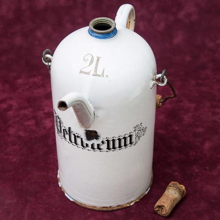 Винтажный Бидон - Канистра для Бензина на 2 литра. Германия 30-е годы ХХ века.
