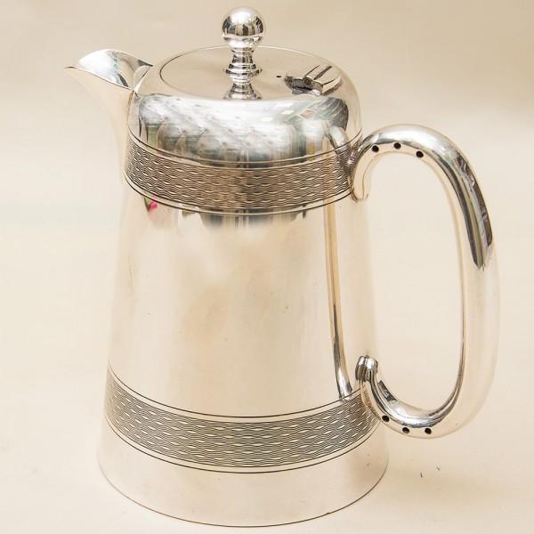 Классический Металлический Кувшин - Кофейник на 0,8 литра. Silverplate, Англия 60-е годы ХХ века.