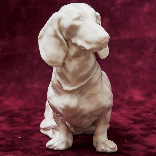 Антикварная Статуэтка Собака «ТАКСА»  Фарфор Nymphenburg, Германия первая половина ХХ века.