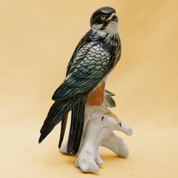 Птица - Фарфоровая статуэтка «Сокол», Карл Энц / Karl Enz,  Германия, 50-е годы ХХ века.