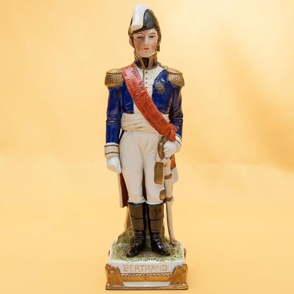 Статуэтка «BERTRAND» серия «Маршалы Армии Наполеона» Фарфор Scheibe - Alsbach.