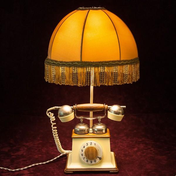 Дизайнерская Электрическая Настольная Лампа Светильник «Ретро Телефон».