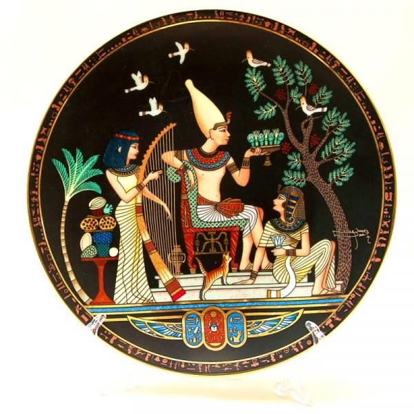 Коллекционная Тарелка - Блюдо «Банкет в Королевском саду» Фарфор, Osiris Porcelain -1991 год..
