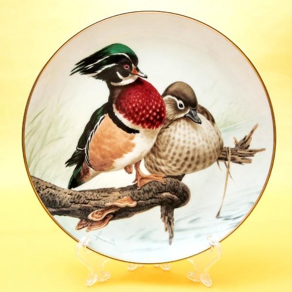 Коллекционная Тарелка «Лесной Год - ИЮЛЬ» Фарфор, Studio Fine Porcelaine Англия -1982 год.