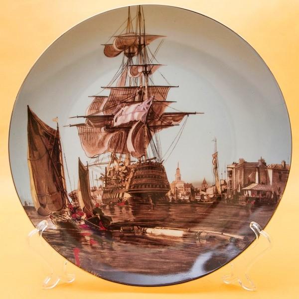 Коллекционная Тарелка «Парусные Корабли - Караве́лла» Фарфор, Лимож (Limoges) Франция.