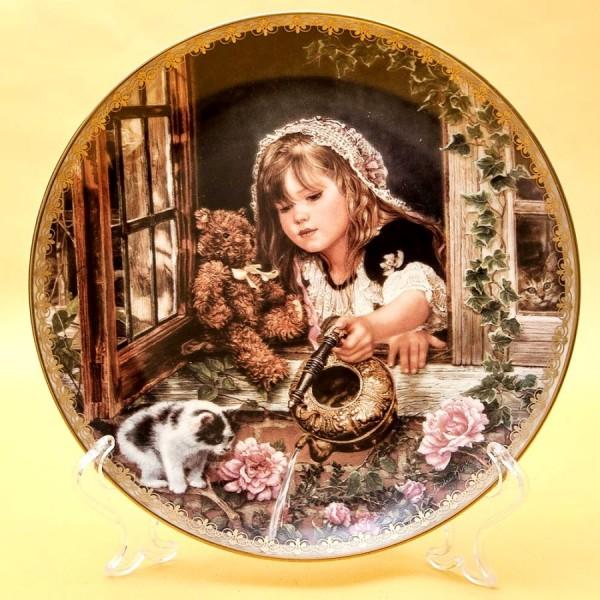 Коллекционная Тарелка «Моменты Заботы» Фарфор RECO США -1995 год.