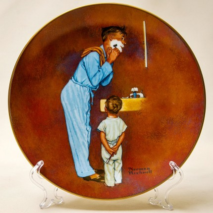 Коллекционная Тарелка «Папа бреется»  Фарфор Norman Rockwell Museum США -1980 год.