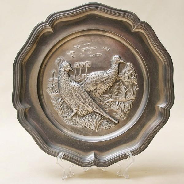 Настенная Оловянная Тарелка - Блюдо «Охота - Пара Фазанов» D - 22,5 см. Германия.