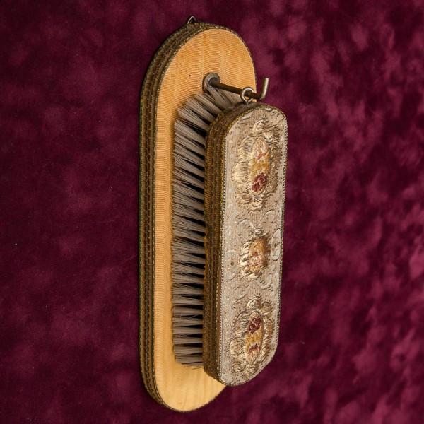 Винтажная Одежная Щётка на подвесе, Вышивка, Франция середина ХХ века.