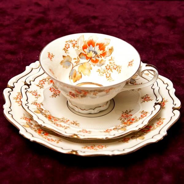 Коллекционная Чайная пара+Тарелка (Тройка) Фарфор Hertel, Jacob&Co Германия 1946-1949 годы..