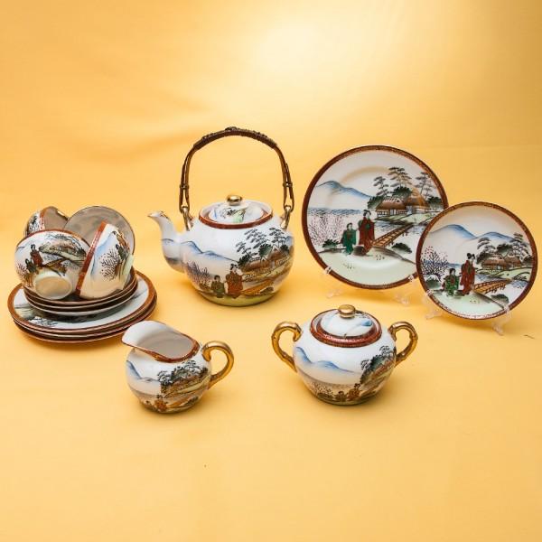 Чайный Фарфоровый Сервиз «У РЕКИ» на 4-е персоны, Япония, 60-е XX века.