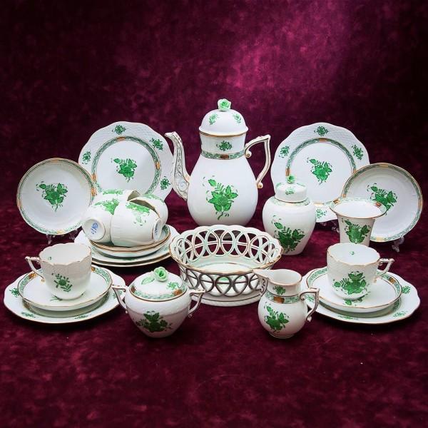 Большой Чайный сервиз APPONYI GREEN 24 предмета. Фарфор HEREND, Венгрия.