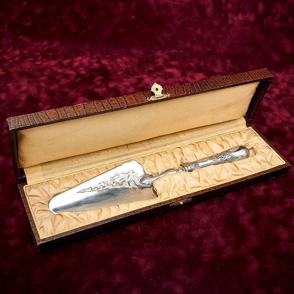 Винтажная Лопатка для подачи «Ландыш» Франция Silverplate