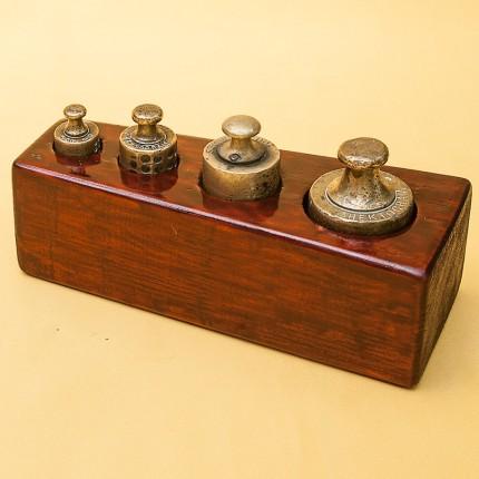 Набор Гирь для Кухонных Весов «Малый» от 50 гр. до 500 гр. Франция начало ХХ века.