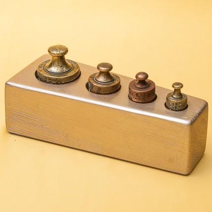 Винтажный Набор Гирь для Кухонных Весов «Малый» от 50 гр. до 500 гр. Франция начало ХХ века.