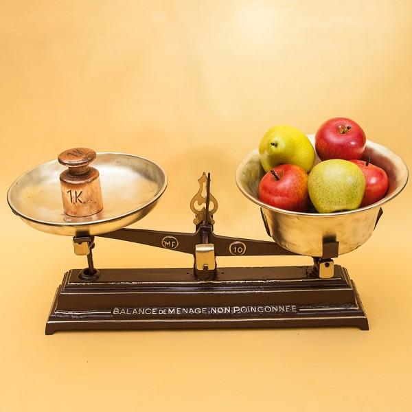 Винтажные Кухонные Весы с двумя чашами «Balance de Menage» на 10 кг. Франция начало ХХ века!