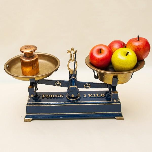 Винтажный Кухонно - Аптекарские весы с чашками FОRCE на 1кг. Германия начало ХХ века!