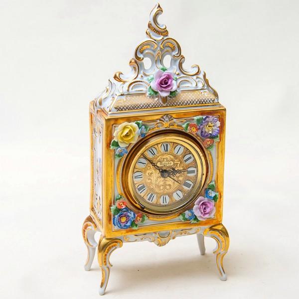 Винтажные Механические Часы в стиле Рококо, Фарфор SANDIZELL, Германия 60-е годы ХХ века.