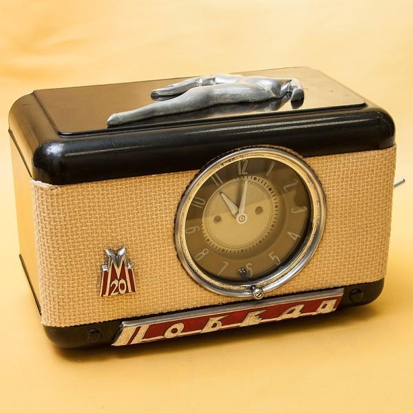 """Оригинальные Бортовые Часы Автомобиля «ПОБЕДА  """"ГАЗ-М20В""""» СССР - 1955 год."""