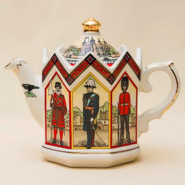 Коллекционный Заварочный Чайник «ЛОНДОНСКИЙ ТУАЭР» Фарфор SADLER  Англия.