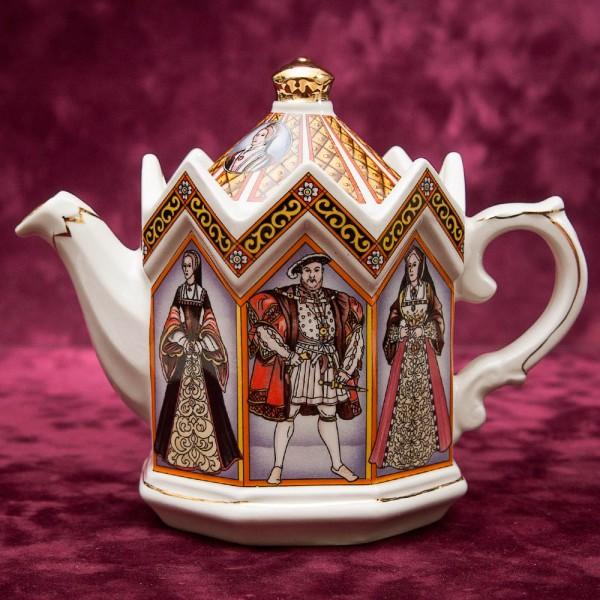 Коллекционный Заварочный Чайник «Король Генрих VIII и его Шесть жён» Фарфор SADLER  Англия.