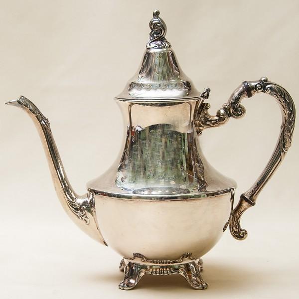 Металлический Кофейник - Заварочный Чайник на 1,3 л. Silverplate, Oneida Канада 50-е гг.