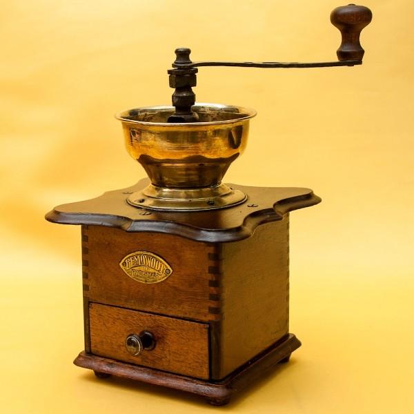 Винтажная Ручная Механическая Кофемолка BEMOWOOTZ, Англия, начало ХХвека.