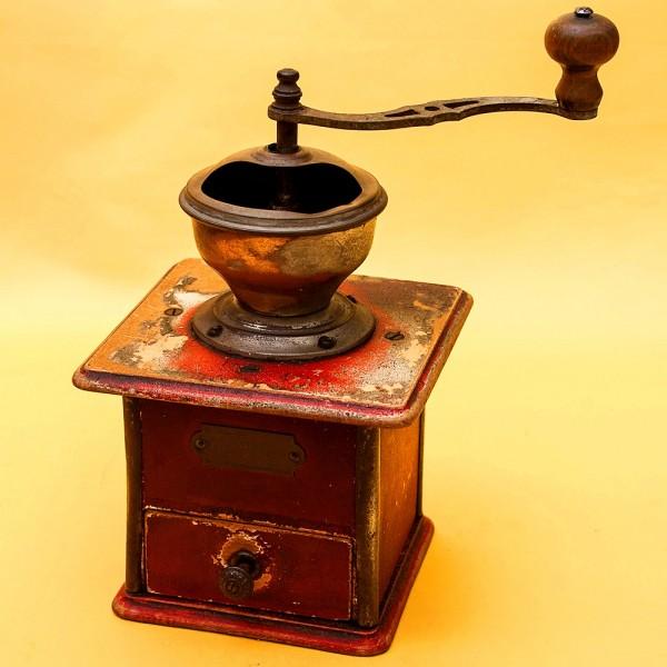 Редкость! Винтажная Ручная Механическая Кофемолка PeDe, Голландия начало ХХвека.