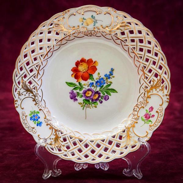 «Цветочный Букет» - Коллекционная Тарелка, Прорезной Фарфор MEISSEN / МЕЙСЕН Германия.