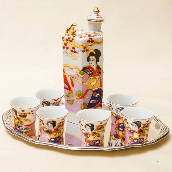 «ПОЮЩИЙ !!!» Набор для саке «Гейша и Самурай», Фарфор Япония, Nippon Tokusei - 50 -е годы ХХ века.