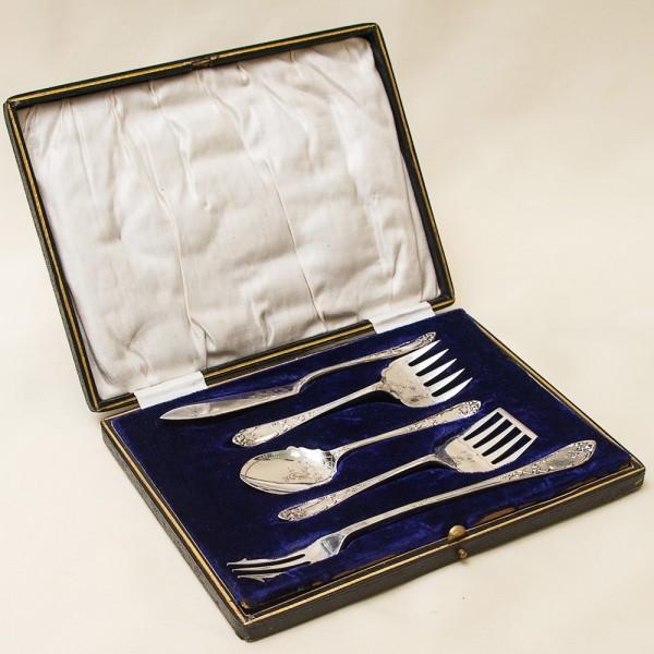 Винтажный Набор для Подачи и Сервировки Закусок, 5 предметов Silverplate, Англия 1932-1935 гг.