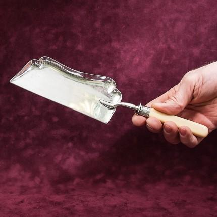 Винтажная Лопатка или Совочек для уборки крошек со стола. Silverplated, SHEFFIELD, Англия.