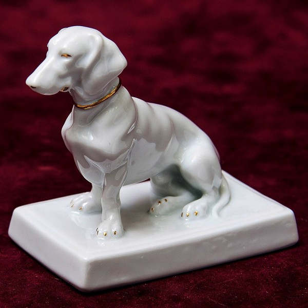Антикварная Фарфоровая Статуэтка Собака «ТАКСА» Fraeureth, Германия 1915-1926 годы.