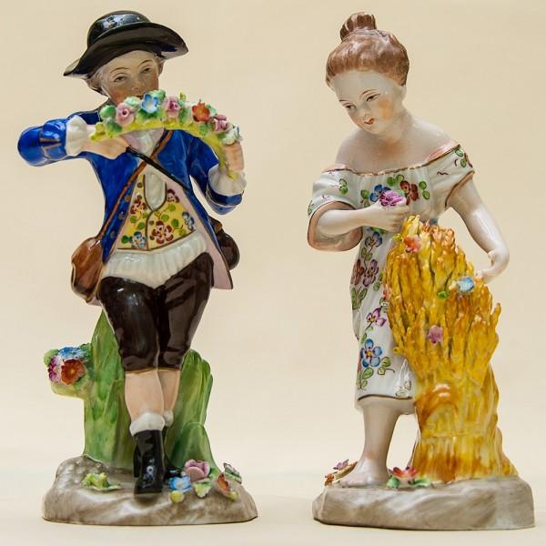 Парные Фарфоровые статуэтки «Мальчик с венком и Девочка со снопом» SANDIZELL Германия.