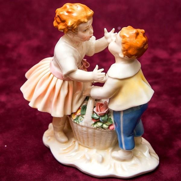 Редкость!!! Фарфоровая Статуэтка «Подарок Маме», Карл Энц / Karl Enz, Германия, 30-е гг.