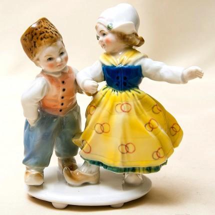 Редкость!!! Фарфоровая Статуэтка «Танцующие Дети», Карл Энц / Karl Enz, Германия, 30-е гг.