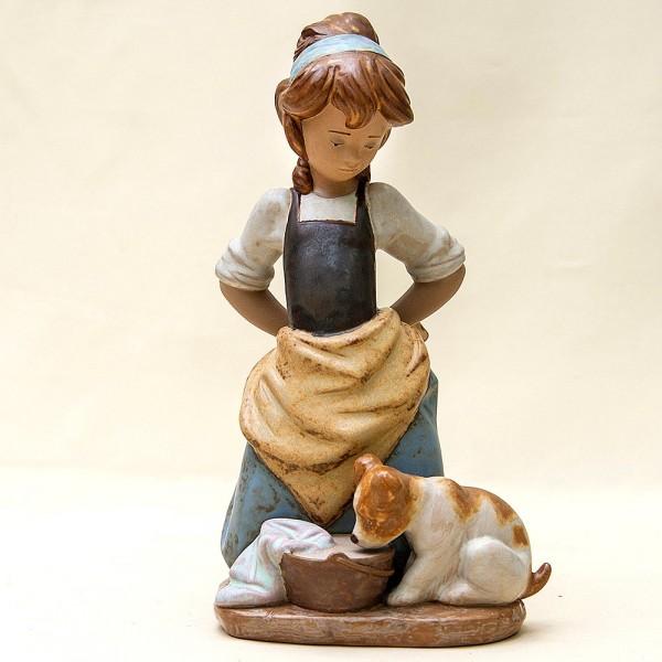 Коллекционная Фарфоровая статуэтка «Девочка со щенком» Lladro, Испания - 1978 год.