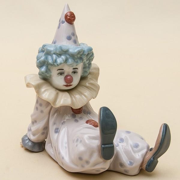Фарфоровая статуэтка «Уставший маленький клоун» Lladro, Испания - 1990 год.