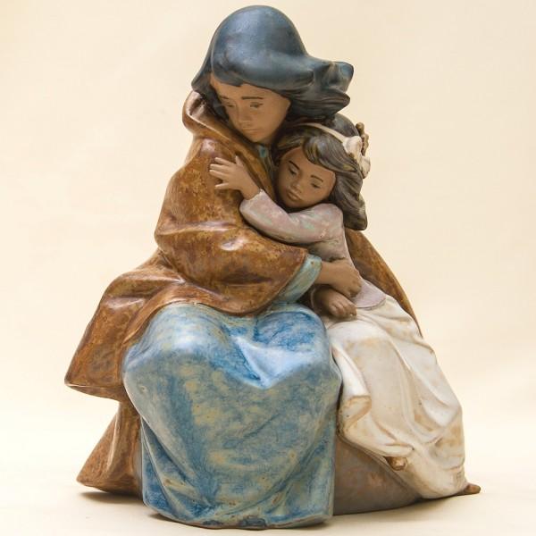 Коллекционная Фарфоровая статуэтка «Сестринская любовь» Lladro, Испания - 1989 год.