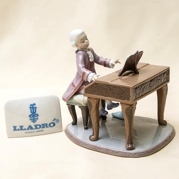 Редчайший Коллекционный Экземпляр! Фарфоровая статуэтка «Юный МОЦАРТ» Lladro.