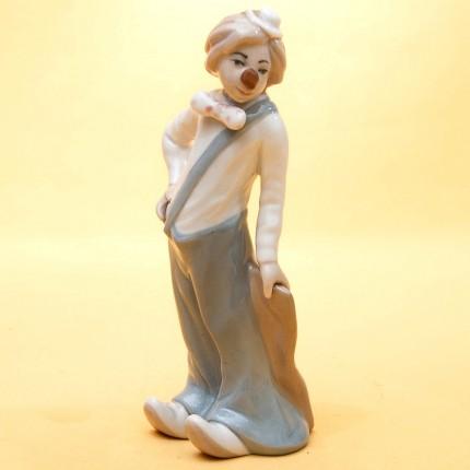 Коллекционная Фарфоровая статуэтка «Задумчивый Клоун» Н - 17 см. Casades, Испания.