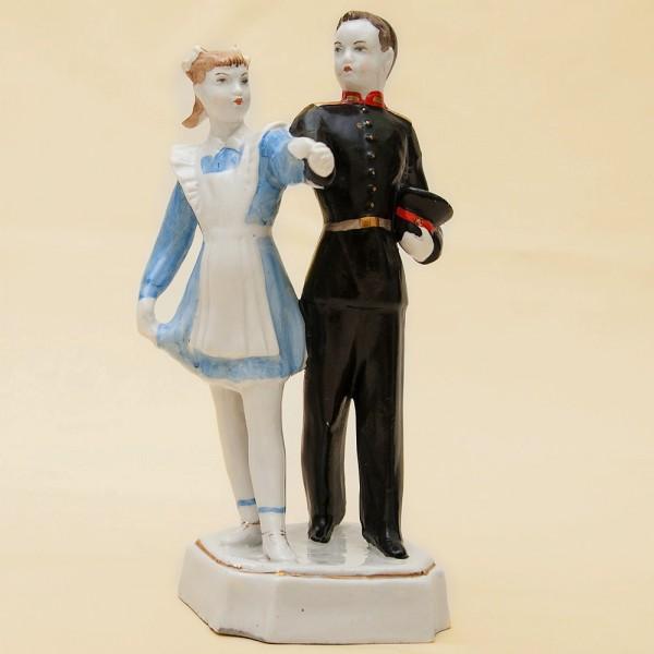 Статуэтка - Фарфоровая Скульптура «Первый Вальс» СССР Дулево -1951 год.