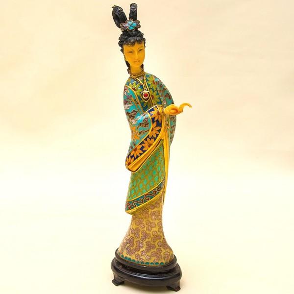 «Девушка со свитком» - Статуэтка в технике «Клуазоне» Китай 50 -е годы ХХ века Н - 27 см.