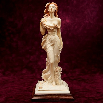 Скульптурная Композиция «ДЕВУШКА ВЕСНА» V.Tessaro Capodimonte, Италия -1991г.