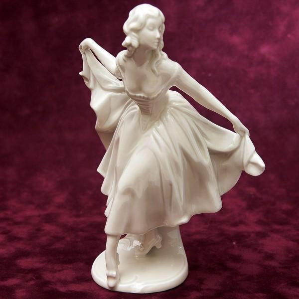 Антикварная Статуэтка «Танцовщица» Фарфор PirkenHammer 1918-1938 гг.